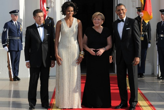 First lady Michelle Obama, Splendid in white!