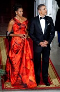 First lady Michelle Obama, Dramatic Red!