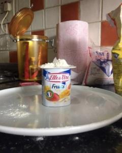 Yoghurt-pot-crp